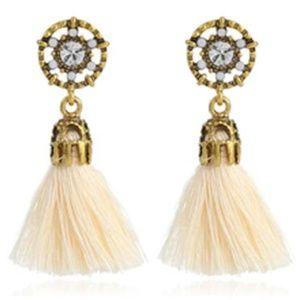 NWT Cream Beaded Dreamcatcher Boho Tassel Earrings